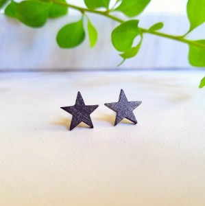 Silver stud earrings - oxidized stars